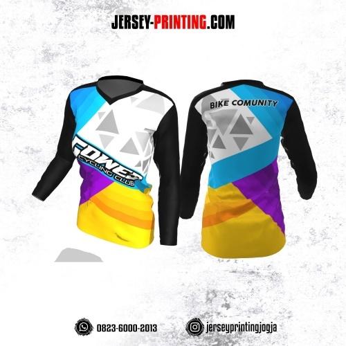 Jersey Cewek Gowes Sepeda Putih Hitam Kuning Biru Ungu Motif Geometris Lengan Panjang