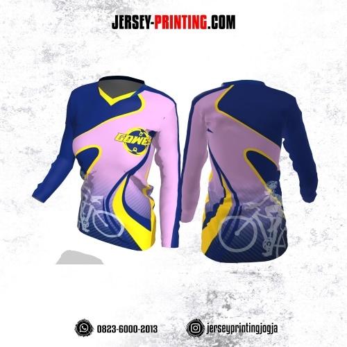 Jersey Cewek Gowes Sepeda Ungu Biru Kuning Motif Garis Lengan Panjang