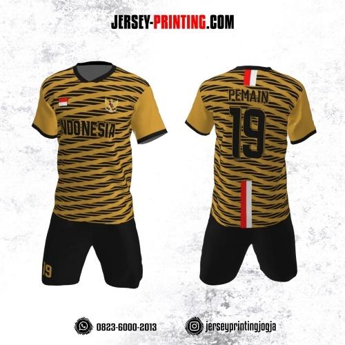 Jersey Futsal Kuning Kunyit Motif Stripe Diagonal Hitam