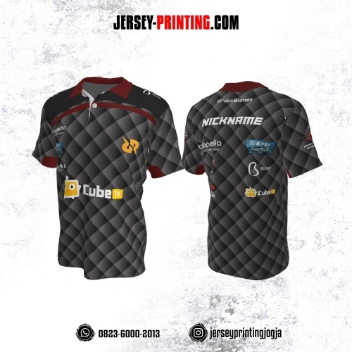 Jersey Gaming Esports Kerah Polo Abu-abu Hitam Merah Motif Geometris