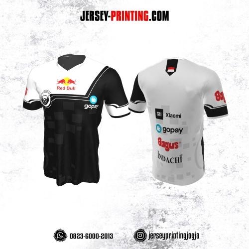 Jersey Gaming Esports Putih Hitam Motif Geometris
