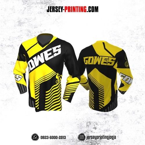 Jersey Gowes Sepeda hitam Kuning Strip Abu Lengan Panjang