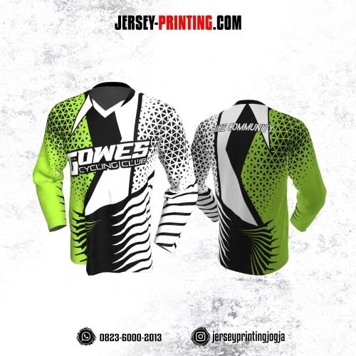 Jersey Gowes Sepeda Putih Hitam Hijau Segitiga  Lengan Panjang