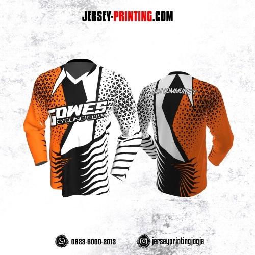 Jersey Gowes Sepeda Putih Hitam Orange Segitiga Lengan Panjang